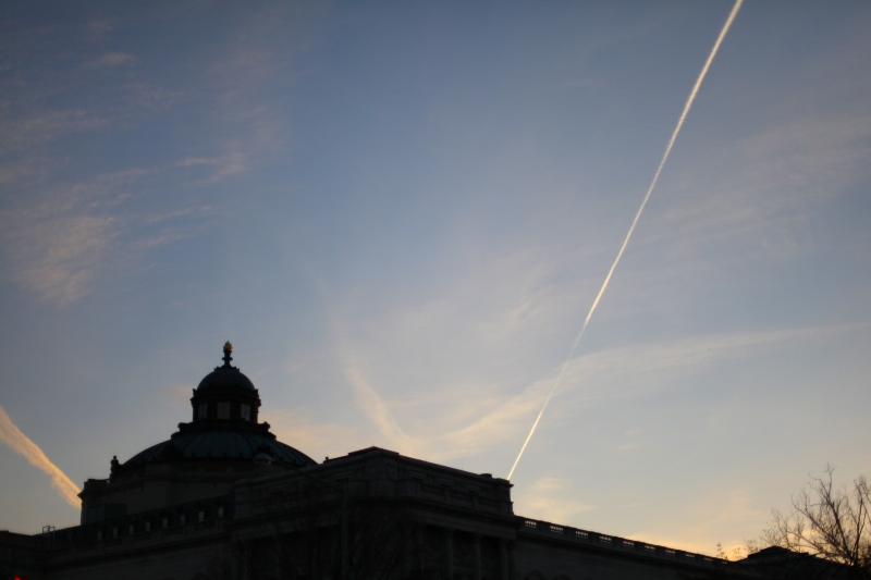Contrails of Knowledge